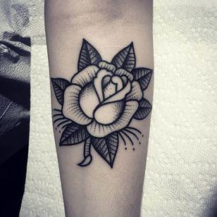 Clean rose tattoo via @christianlanouette #ChristianLanouette #rose #flower #blackwork