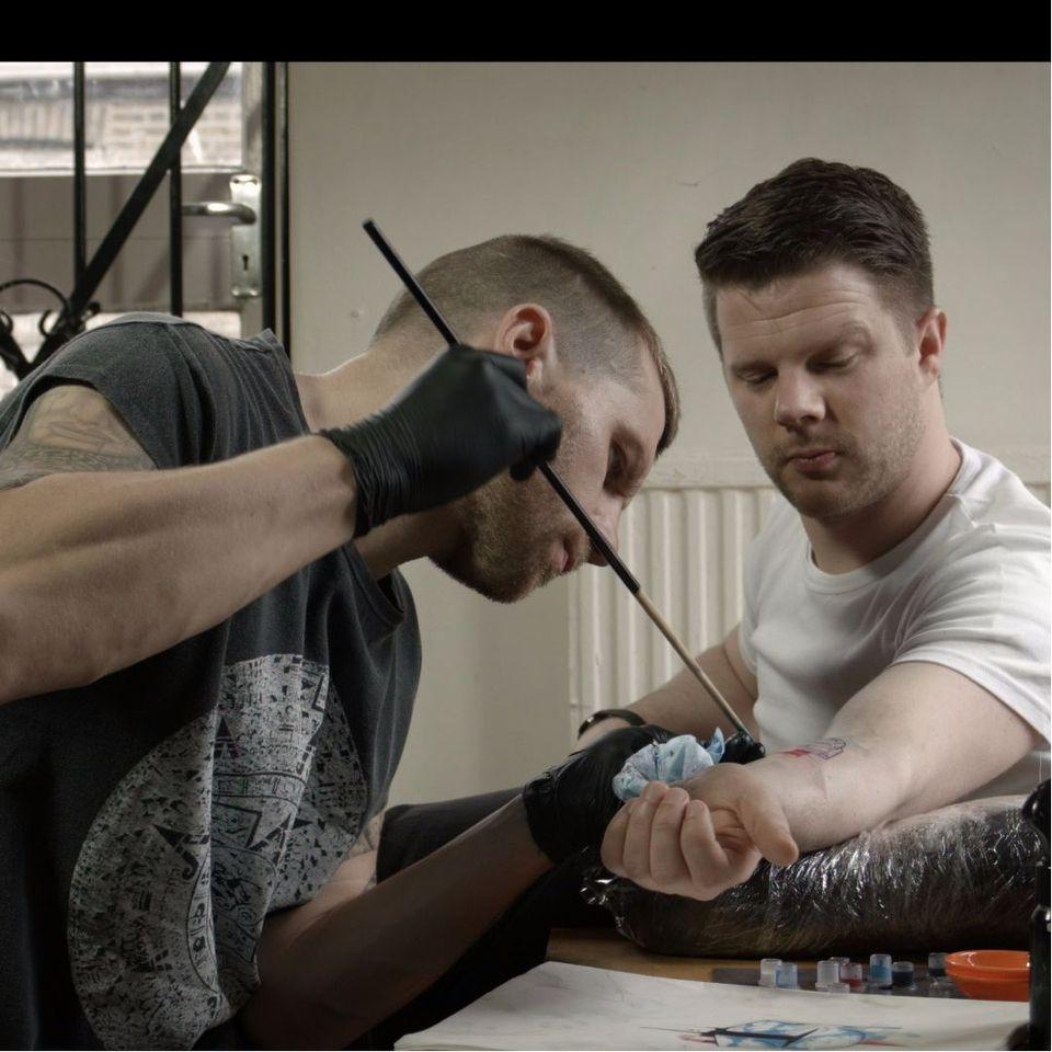 Bamboo handpoke tattooing #TarlyMarr #handpoke #bamboo #documentary