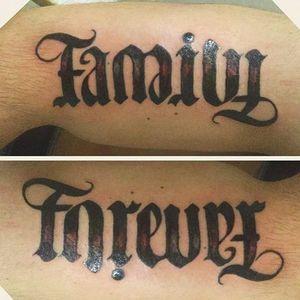 Family/Forever ambigram tattoo (via IG -- kolebee_toad_sage) #ambigram #family #forever