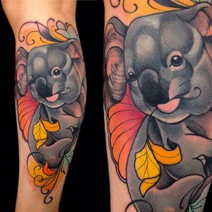 Adorable neo traditional koala tattoo done by Giulia Bongiovanni. #giuliabongiovanni #neotraditional #coloredtattoo #animaltattoo #koala