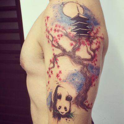 Pandinha! #DanielArtDesign #TatuadoresDoBrasil #TattoodoBR #panda #cerejeira #sakura #aquarela #watercolor #arvore #tree #pagoda #sketch
