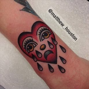 A Bert Grimm style crying heart by Matthew Houston (IG—matthew_houston). #BertGrimm #cryingheart #MatthewHouston #tattoohistory #traditional