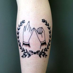 Pnky Promise Tattoo by Kerry Burke #pinkypromise #friendshiptattoos #friendship #traditional #KerryBurke