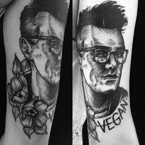 Morrissey Tattoo by Phil Kaulen #morrissey #blackwork #blackworktattoo #blackworkportrait #sketch #sketchtattoo #PhilKaulen