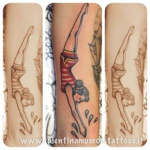 Diver tattoo by Valentina Musconi. #traditional #diver #swimmer #swimming #swim #dive #weightlifter #olympian #sports #olympics