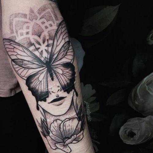 Scar cover up by Jen Tonic #JenTonic #CoverUpTattoos #linework #blackwork #dotwork #mandala #pattern #butterfly #wings #face #portrait #flower #floral #nature #scarcoverup #mentalhealthawareness #tattoooftheday