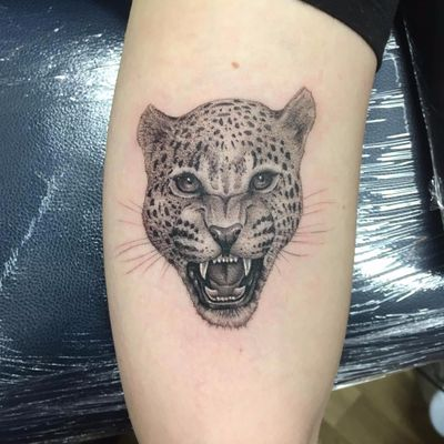Cat on the prowl by Oliver Macintosh #OliverMacintosh #blackandgrey #realism #realistic #hyperrealism #junglecat #leopard #cat #cheetah #kitty #nature #animal #petportrait #tattoooftheday