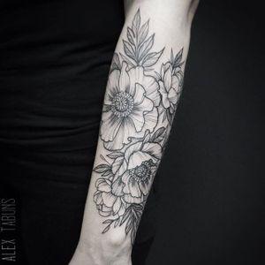 Pretty forearm flowers via alex_tabuns #SashaTabuns #floral #dotwork #blacktattoo