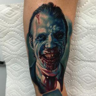 A nice, bloody smile by Audie Fulfer Jr. (Via IG - audie_tattoos) #AudieFulfer #realism #horror