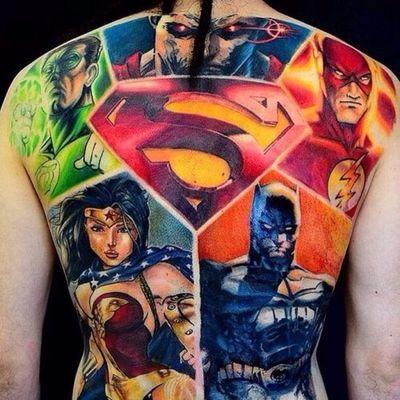 Fechamento de costas sensacional da Liga da Justiça #ErinODea #nerd #geek #diadoorgulhonerd #diadatoalha #ligadajustiça #justiceleague #dc #comic #movie #filme #batman #wonderwoman #mulhermaravilha #greenlantern #flash #superman #lanternaverde