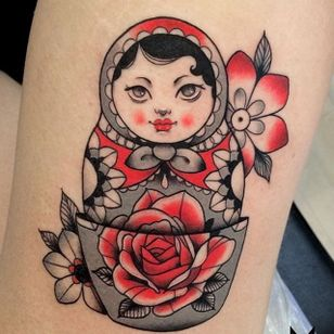 Russian Doll Tattoo by Morgane Jeane #russiandoll #russiandolltattoo #contemporarytattoos #delicatetattoo #moderntattoo #colorful #colorfultattoo #bestattoos #frenchtattoo #MorganeJeane