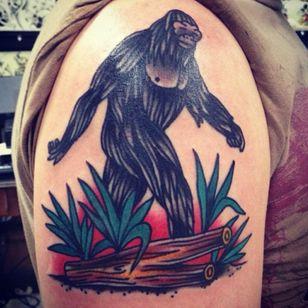 A traditional depiction of a Sasquatch by Josh Mason (IG—excelsiorrr). #Bigfoot #Sasquatch #traditional #Yeti