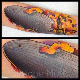 Flaming blimps are the most popular blimls. By Simone Mutti (via IG -- dynamitecolors) #simonemutti #blimp #blimptattoo #zeppelin #zeppelintattoo