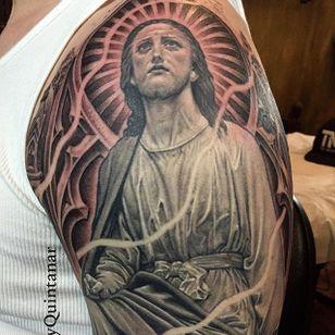 Jesus by @chueyquintanar #chueyquintanar #blackandgrey #realism #jesus
