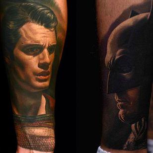 Superman vs Batman Tattoo by Nikko Hurtado @NikkoHurtado #NikkoHurtado #Cinematic #Portrait #Superman #Batman #ClarkKent #BruceWayne