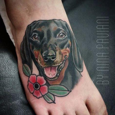 Cão por Nina Paviani! #NinaPaviani #tatuadorasbrasileiras #tatuadorasdobrasil #tattoobr #tattoodobr #dog #cachorro #cão #newtradicional #newtraditional #neotraditional #neotradicional