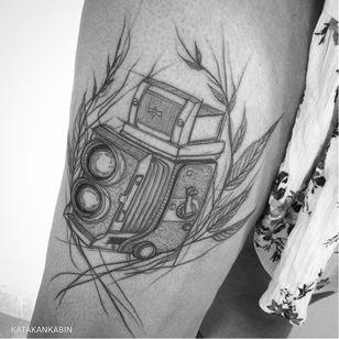 Vintage camera tattoo by Katakankabin #Katakankabin #linework #sketch #abstract #camera