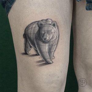 Bear by Sven Rayen (via IG-svenrayen) #geometric #blackandgrey #animal #bear #illustrative #svenrayen