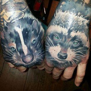 Skunk and Raccoon Tattoo by Manuel Woodpecker #Skunk #SkunkTattoo #AnimalTattoo #WildlifeTattoos #ManuelWoodpecker