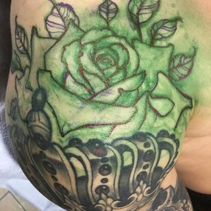 Rose Free Hand by Matt Buck #rose #rosetattoo #freehandrose #freehand #freehandtattoo #freehandtattoos #drawnon #drawnondesign #nostencil #nostenciltattoo #MattBuck