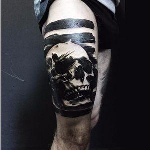 Skull tattoo by Beppe Lazzari #BeppeLazzari #trashstyle #graphic #trashpolka #skull