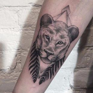 Gorgeous lioness tattoo by Sasha Masiuk #lioness #lion #SashaMasiuk #dotwork