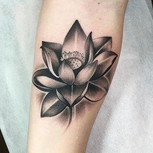Flower Tattoo by Cally Jo @callyjoart #callyjo #callyjoart #blackandgrey #flower