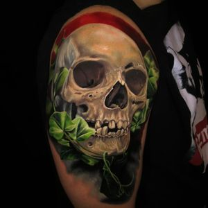 The tattoo Jamie Schene describes in the passage above. (Via IG - jamie_schene) #JamieSchene #skull #colorrealism