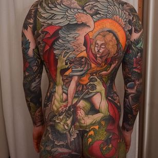 Peter Lagergren's back-piece depicting the fall of Lucifer (IG—peterlagergren). #backpiece #Christian #dragon #Lucifer #Michael #neotraditional #PeterLagergren #Satan #WaroftheAngels