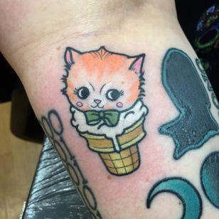 Cat ice cream cone tattoo #ChristinaHock #icecream #cat #kitten #cone #icecreamcone