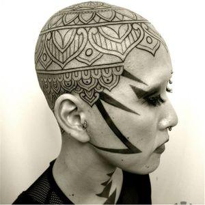 Bold head and face tattoo #facetattoo #TakuOshima #OrnamentalBlackworktattoos
