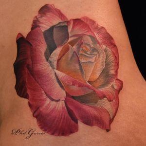 #PhilGarcia #realismo #tatuagensrealistas #flores #flowers #coloridas #gringo #brasil #brazil #portugues #portuguese