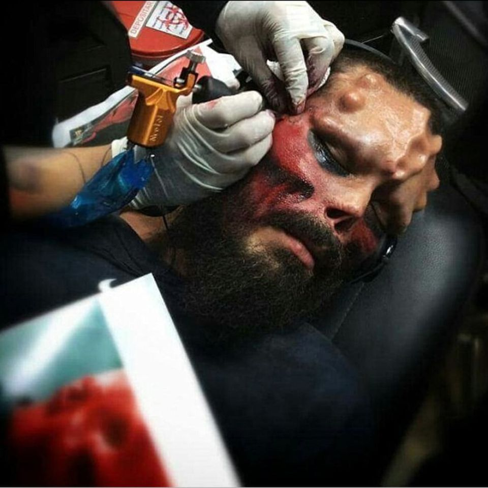 Henry Rodriguez having his face tattooed to look like the Red Skull (IG—therealredskull). #bodymodification #HenryRodriguez #Marvel #RedSkull #TheRealRedSkull