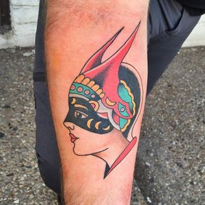 Old School Girl Head Tattoo by Randy Conner #AmundDietzel #DietzelGirl #oldschool #RandyConner #girlhead