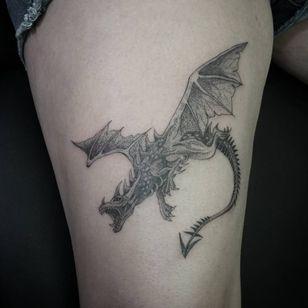 Dragon by Danny Orellana. (Via IG -doesntmatter______)