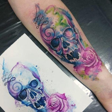 #AmandaBarroso #brasil #brazil #brazilianartist #TatuadorasDoBrasil #watercolor #aquarela #colorido #colorful #skull #caveira #cranio #unalome #rosa #rose #flor #flower