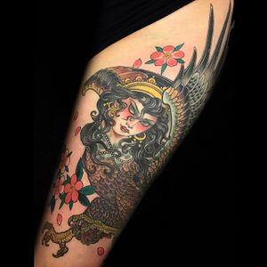 Beautiful harpy by Claudia De Sabe #ClaudiaDeSabe #color #eagle #lady #harpy #cherryblossom #tattoooftheday