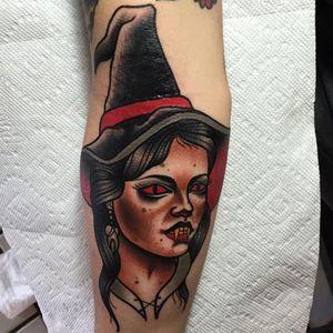 Witchy lady tattoo #JoshDavis #traditional #witch #witchtattoo #traditionalportrait