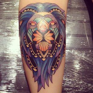 #leão #lion #LuizaFortes #tatuagensColoridas #colorful #fineline #traços #minimalista #artistaNacional #brasil
