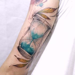 Kelvin Gabriel #KelvinGabriel #brazilianartist #tatuadoresdobrasil #brasil #brazil #watercolor #aquarela #ampulheta #hourglass #tempo #time #folha #leaf