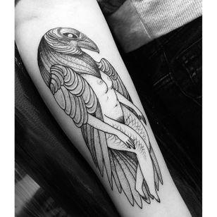 Blackwork tattoo by Nomi Chi. #NomiChi #blackwork #haunting #macabre #illustration #crow #bird #btattooing #blckwrk