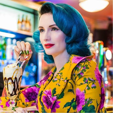 Miss Kelly Bakewell, photo by Kamila Burzymowska #KamilaBurzymowska #pinup #misskellybakewell #photography