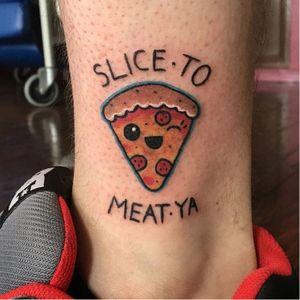 Pizza Kawaii é muito amor <3 #Pizza #PizzaTattoo #PizzaTattoos