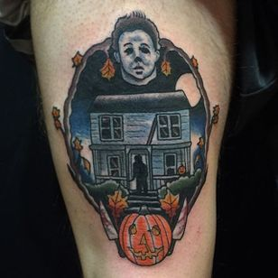 Traditional style Halloween themed tattoo by Shane Murphy. #traditional #Halloween #horror #MichaelMyers #ShaneMurphy