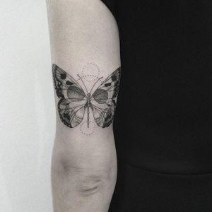 Skull butterfly tattoo by Gabriela Arzabe Lehmkuhl. #GabrielaArzabe #GabrielaArzabeLehmkuhl #blackwork #dotwork #pointillism #geometric #skull #butterfly