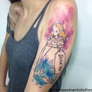 Alice In Wonderland Tattoo by Dell Nascimento #aliceinwonderland #watercolor #watercolorartist #contemporary #DellNascimento