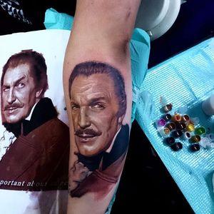Vincent Price Tattoo by Marvel Xavier #VincentPrice #VincentPriceTattoos #ActorTattoos #HollywoodTattoos #ClassicActor #MarvelXavier #actorportrait #holywood #portrait