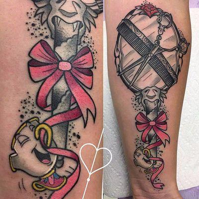 Linda tattoo por Sarai! #Sarai #ABelaEAFera #TheBeautyandthebeast #beautyandthebeast #desenho #cartoon #disney #nostalgic #nostalgia #childhood #infância #zip #chic #mirror #espelho