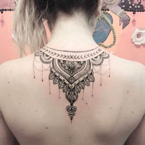 Lindo trabalho ornamental por Vital Monteiro! #Vital #VitalMonteiro #tatuadoresbrasileiros #mantratattoo #tattooguest #ornamental #delicate #delicadas