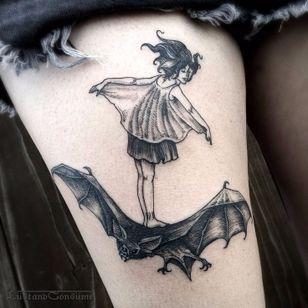 Blackwork bat tattoo by Phil Tworavens. #bat #blackwork #horror #dark #woman